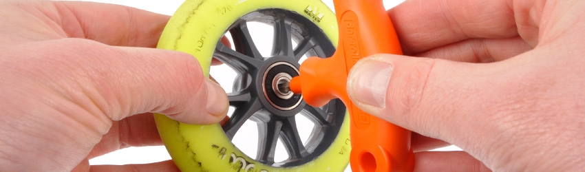 how to clean bearings on a streetboardz